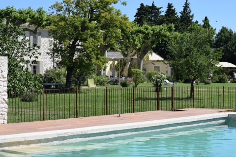 Pool guests house, cottage Provence in France
