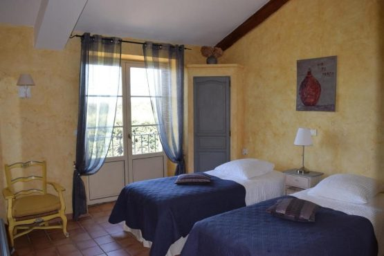 Accommodation-double room Fenière-Bastide-Provence-Luberon-Alpilles