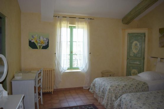 Accommodation double room Muscadelle- 2 separated bed or 1 large bed-Provence-Alpilles-Luberon-South of France