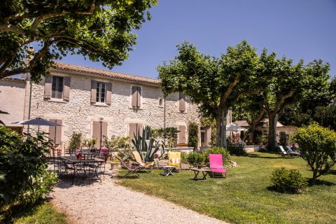 Guest house, cottage, apartment for rent Provence